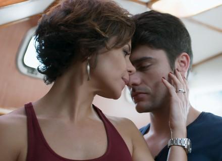 Tito diz que quer que Ana seja sua mulher
