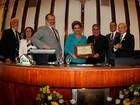Presidente afastada Dilma Roussef recebe título de cidadã baiana