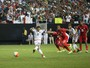 Com pênaltis duvidosos, México vira na prorrogação e decide Copa Ouro