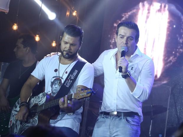 Marcos e Belutti em show em São Paulo (Foto: Thiago Duran/ Ag. News)