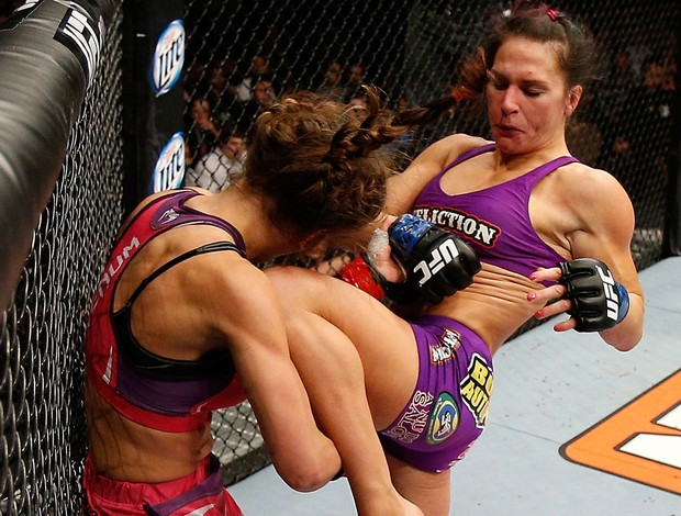 MMA - UFC - Cat Zingano acerta Miesha Tate (Foto: Getty Images)