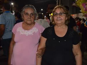 Hilma Martins, de 68 anos, mora na comunidade Jacamim e participa todos os anos da trasladação (Foto: Adonias Silva/G1)