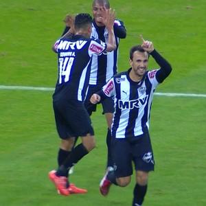 Thiago Ribeiro Atlético-MG x Internacional (Foto: Reprodução /Premiere)