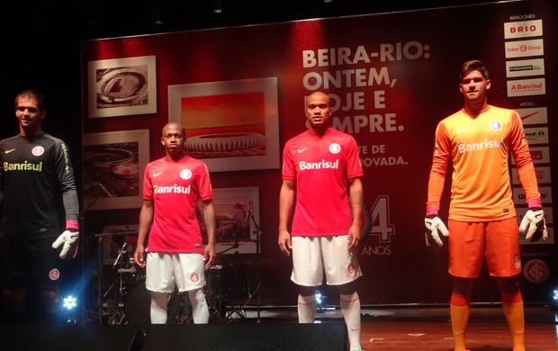 Inter lança nova linha de camisas (Foto: Tomas Hammes / GLOBOESPORTE.COM)