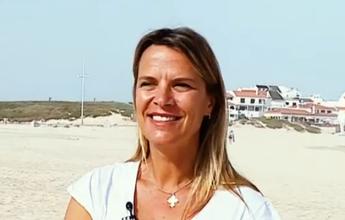 Mariana Becker revela amor pelo mar  e pratica Stand Up Paddle em Portugal