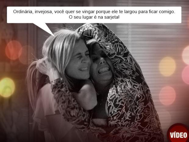 Carminha e Monalisa brigam (Foto: Avenida Brasil/TV Globo)