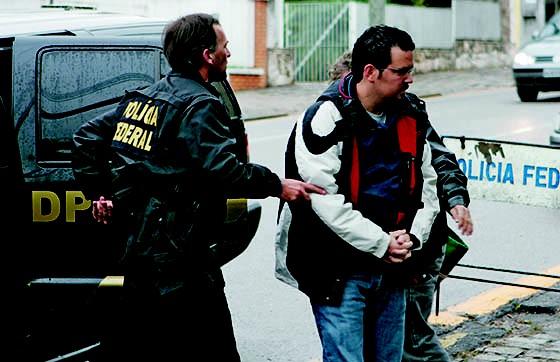 Policia Federal realiza Operação Pôr-do-Sol (Foto: Anielle Nascimento/Gazeta Do Povo)