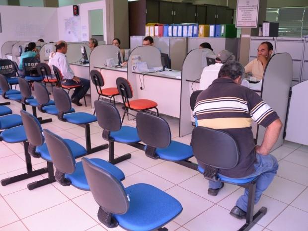 A prefeitura de Cacoal está recalculando os valores emitidos no período do aumento. (Foto: Magda Oliveira/G1)