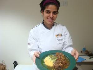 A Chef Ana Paula Trajano mostrou suas receitas no workshop (Foto: Ana Carolina Levorato/G1)
