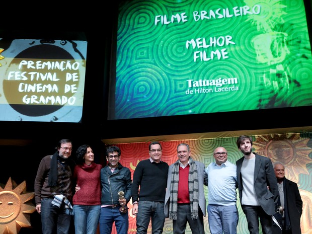 Filme Tatuagem ganha o Kikito de melhor longa metragem em Gramado (Foto: Edison Vara/PressPhoto)