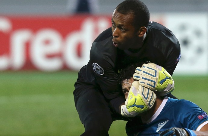 Elton Hulk Zenit x Porto (Foto: Reuters)