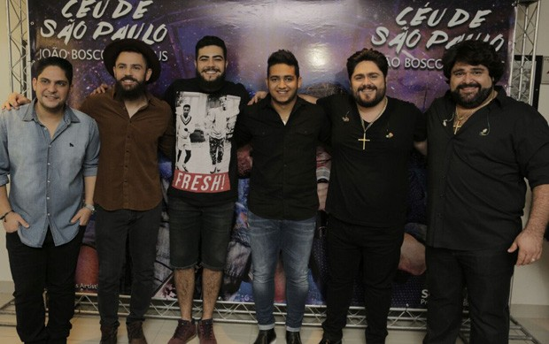 As duplas Jorge e Mateus, Henrique e Juliano, e César Menotti e Fabiano (Foto: Ricardo Cardoso/Ed. Globo)
