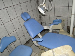 Posto tem macas de dentista novas (Foto: Raquel Marques/Arquivo Pessoal)