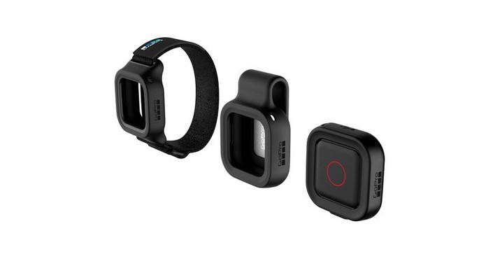 GoPro Remo vem com acessórios para fixar na roupa ou pulso (Foto: Divulgação/GoPro)