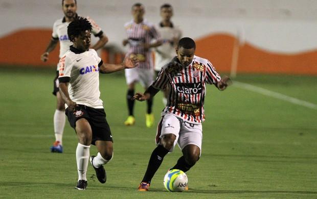 Romarinho, Corinthians x Paulista (Foto: Gustavo Magnusson/Agência Estado)