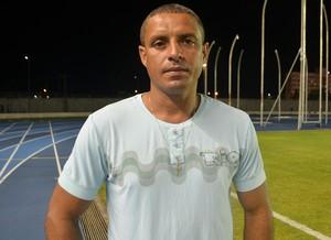 Técnico do Independente, Elton Vinhas (Foto: Gabriel Penha/GE-AP)