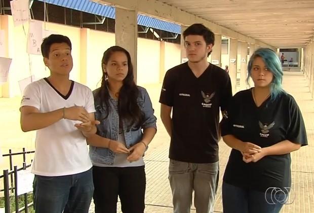 Estudantes dizem que implantação de OSs nas escolas não trará benefícios, em Goiás (Foto: Reprodução/TV Anhanguera)
