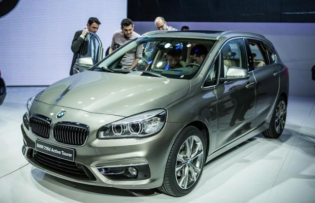 (W246): BMW vai lançar o concorrente da Classe B no segundo semestre de 2014 000_par7811131