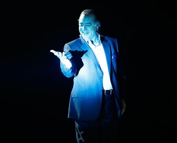 Tony Ramos emociona no palco (Foto: Raphael Dias / Gshow)