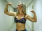 Carol Soares tira onda com braços musculosos: 'Me param na rua'