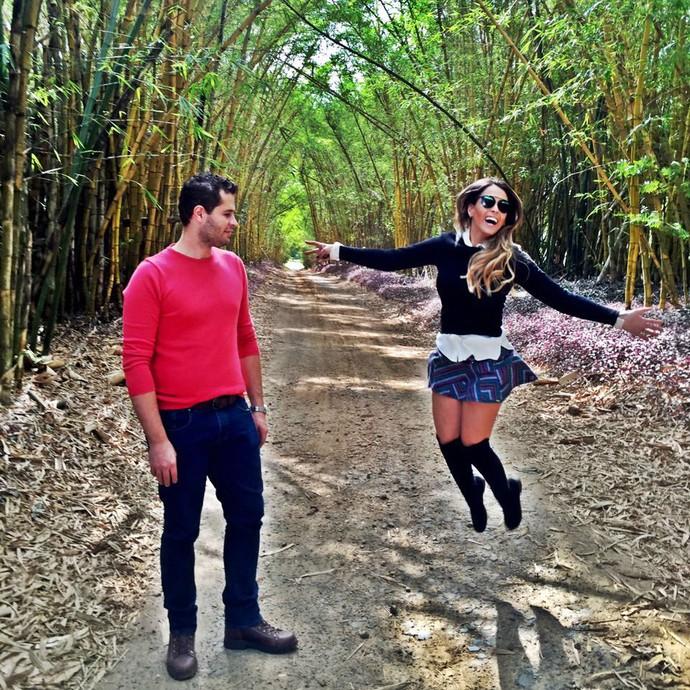 Pedro Leonardo e Aline Lima se divertem durante gravação na Fazenda Santo Antônio, em Capivari (SP) (Foto: reprodução EPTV)