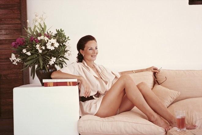 Jacqueline de Ribes, Ibiza, 1978. (Foto: Slim Aarons/Divulgação)