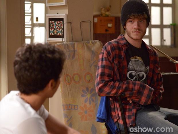 Sidney está determinado a ser pai do filho de Sofia (Foto: Raphael Dias/ TV Globo)