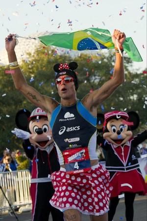 corrida Adriano Bastos Maratona Disney (Foto: Reprodução Twitter)