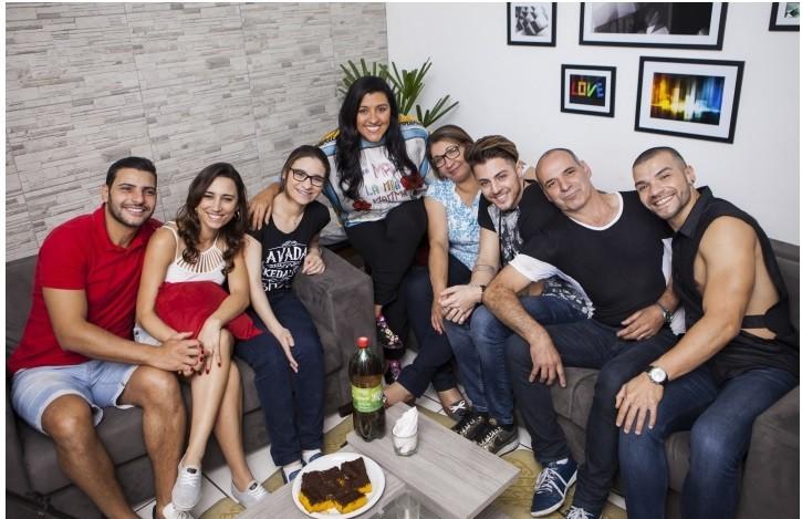 Mecânico paulista supera preconceito e redescobre amor em família (Foto: Globo/João Januário)