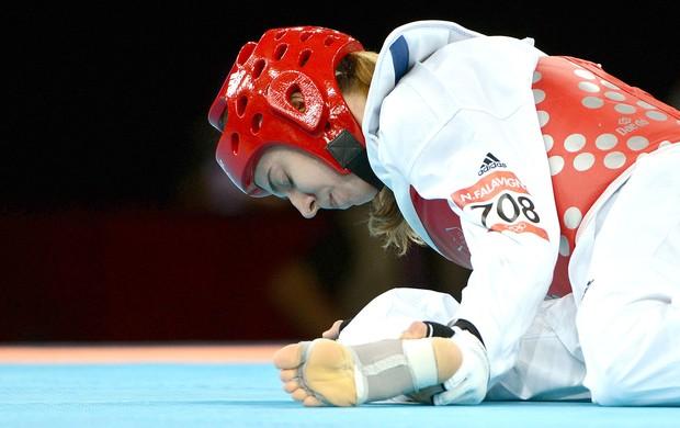 Natalia Falavigna perde na luta do taekwondo (Foto: AFP)