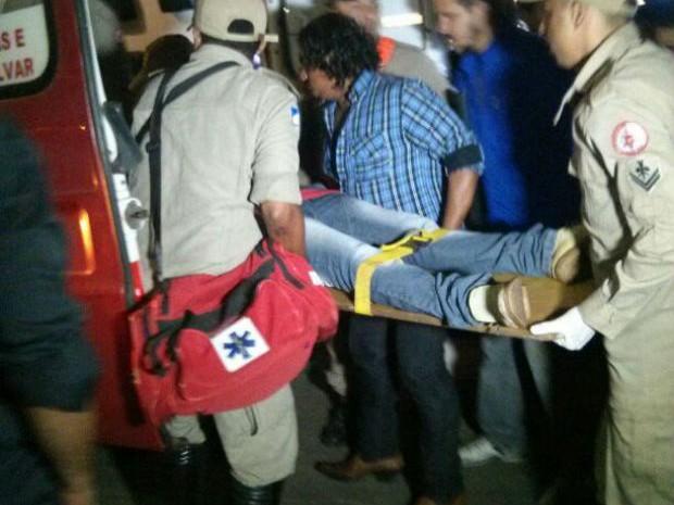 O jovem esfaqueado foi atendido e conduzido ao Hospital Regional de Gurupi (Foto: Divulgação)