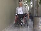 Mais de cem pessoas estão na fila por cadeira de rodas em Jacareí, SP