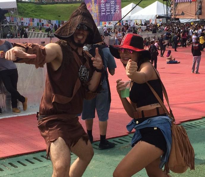 Bianca e Thales foram assistir ao Eminem no Lollapalooza (Foto: Aline Nunes/Gshow)