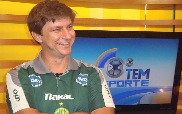 Ivan Baitello, técnico do Mirassol (Foto: Marcos Lavezo/GLOBOESPORTE.COM)