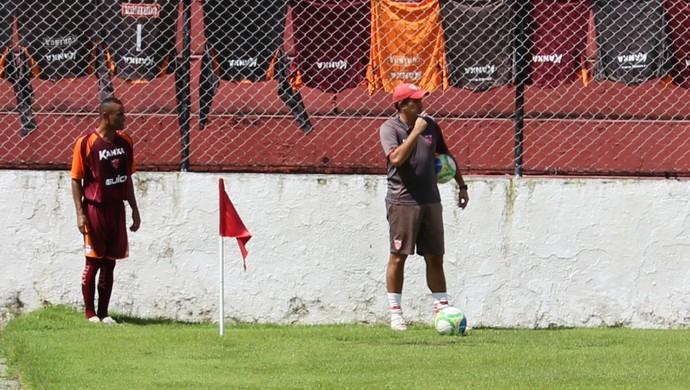 Paulo Sérgio, lateral do CRB (Foto: Caio Lorena / GloboEsporte.com)