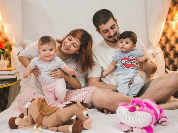 Gêmeos têm oito meses (Foto: Arquivo Pessoal/Cassia Machado)