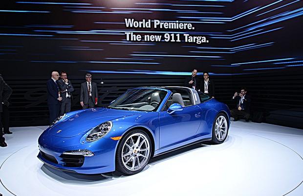 Porsche 911 Targa no Salão de Detroit 2014 (Foto: Newspress)