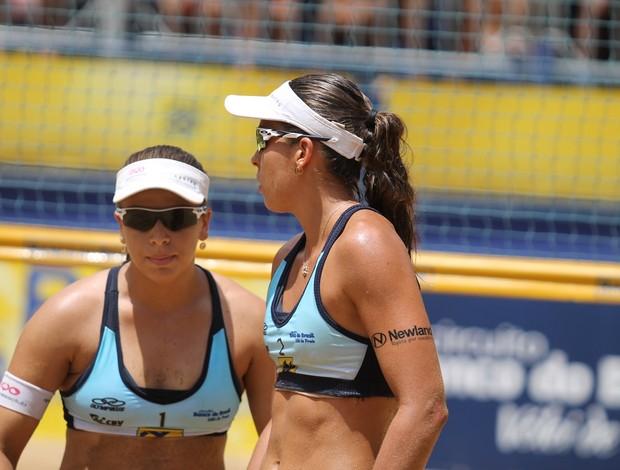 Lili e Rebecca foram eliminadas nas quartas de final em Fortaleza (Foto: Paulo Frank/CBV)