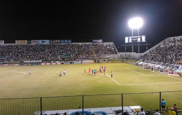ABC x Boa Esporte, no Estádio Frasqueirão, em Natal (Foto: Augusto Gomes)