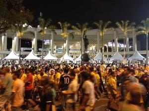 Saída do Maracanã na noite de domingo, após o jogo (Foto: Mariucha Machado/G1)