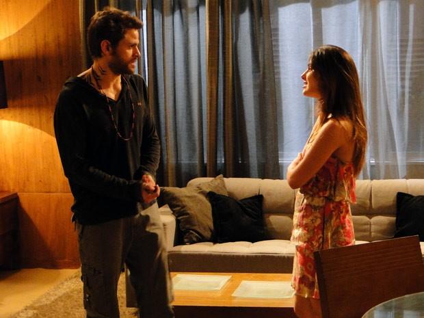 Moisés convence Alexia a aceitar a proposta de parceria (Foto: Malhação / TV Globo)