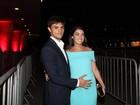 Felipe Simas e Mariana Uhlmann exibem 'barriguinha de grávidos'