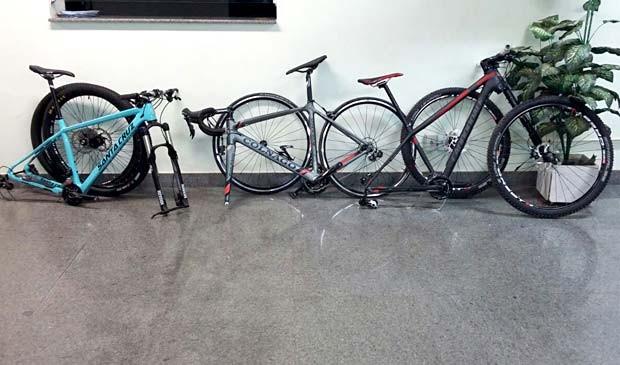 Bicicletas que foram por trio em loja da Asa Sul, em Brasília (Foto: Polícia Militar/Divulgação)