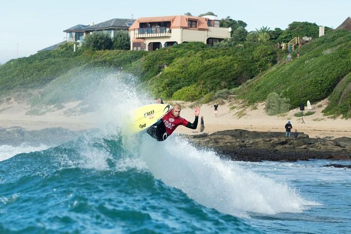 Mick Fanning em ação em Jeffreys Bay, na sexta etapa do Mundial de Surfe (Foto: WSL / Cestari)