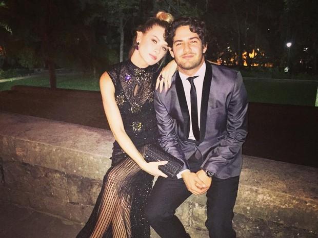 Fiorella Mattheis e Alexandre Pato no casamento de Paulo Gustavo e Thales Bretas (Foto: Reprodução / Instagram)