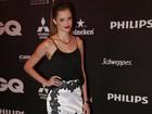 Veja o estilo das famosas em noite de premiação no Rio