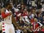 Wall e Beal somam 63 pontos, e Wizards abrem 2 a 0 sobre os Hawks