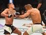 Edson Barboza faz luta tensa, mas vence Anthony Pettis por unanimidade