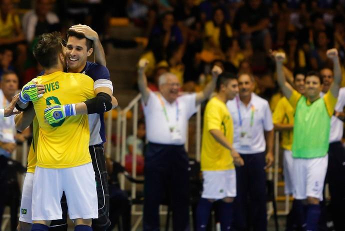 Djony, Brasil x Chile futsal Jogos Sul-Americano (Foto: Adrian Greco / Agência Uno)