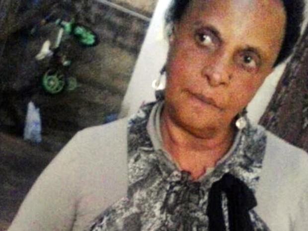 Rosa Maria Israel, de 59 anos, foi amarrada e morta em Cristina, MG; filho foi preso como suspeito (Foto: Arquivo pessoal/Kamilla Peixoto)